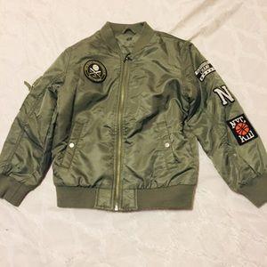 NWOT 🔥 children's bomber jacket